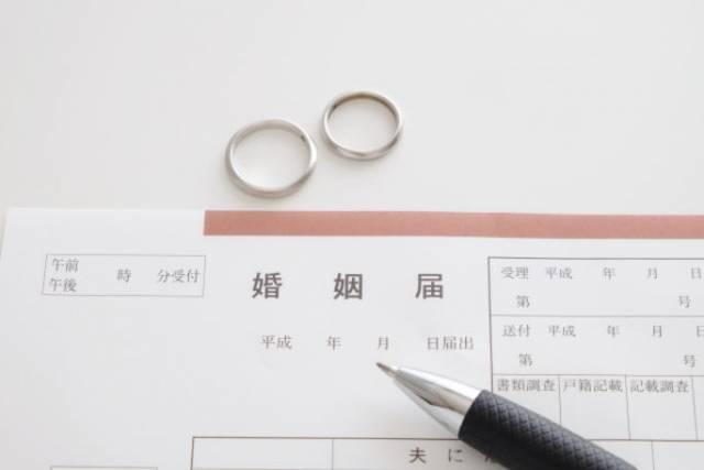 20180517001 シニアで熟年結婚した芸能人、桃井かおりは63歳で独身を卒業